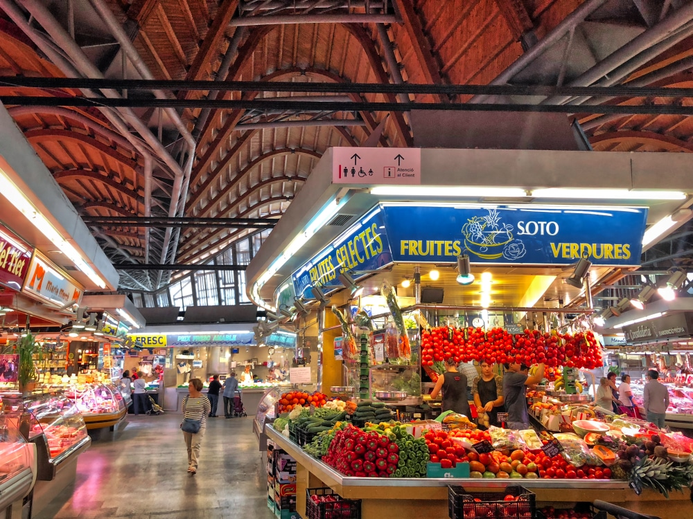 Vibrant Colours: Market ©HelenBushe