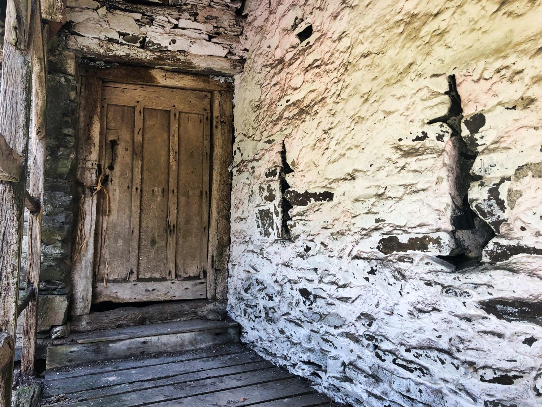 Townend Barn LHS Door ©HelenBushe