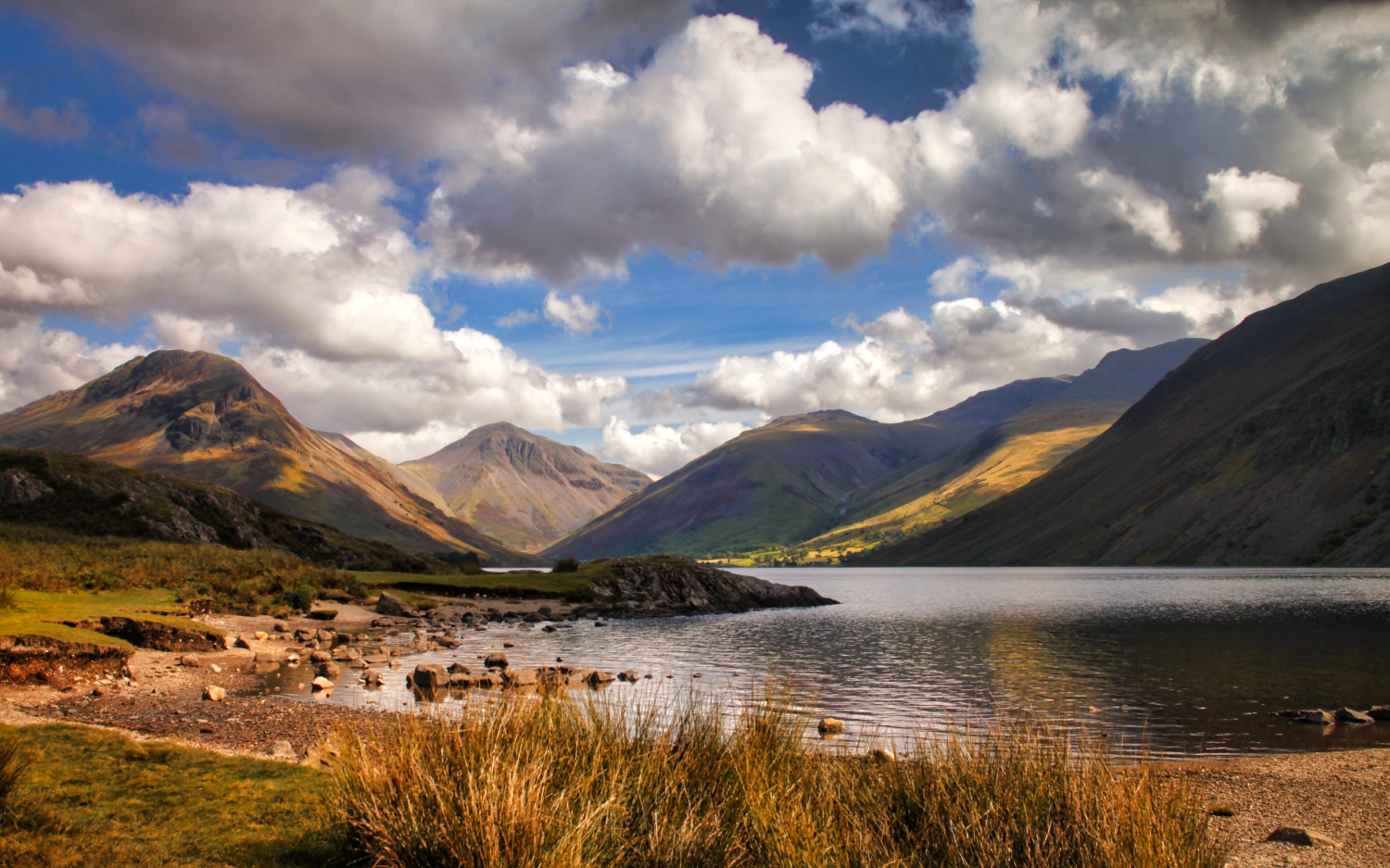 Early Morning at Wastwater ©HelenBushe